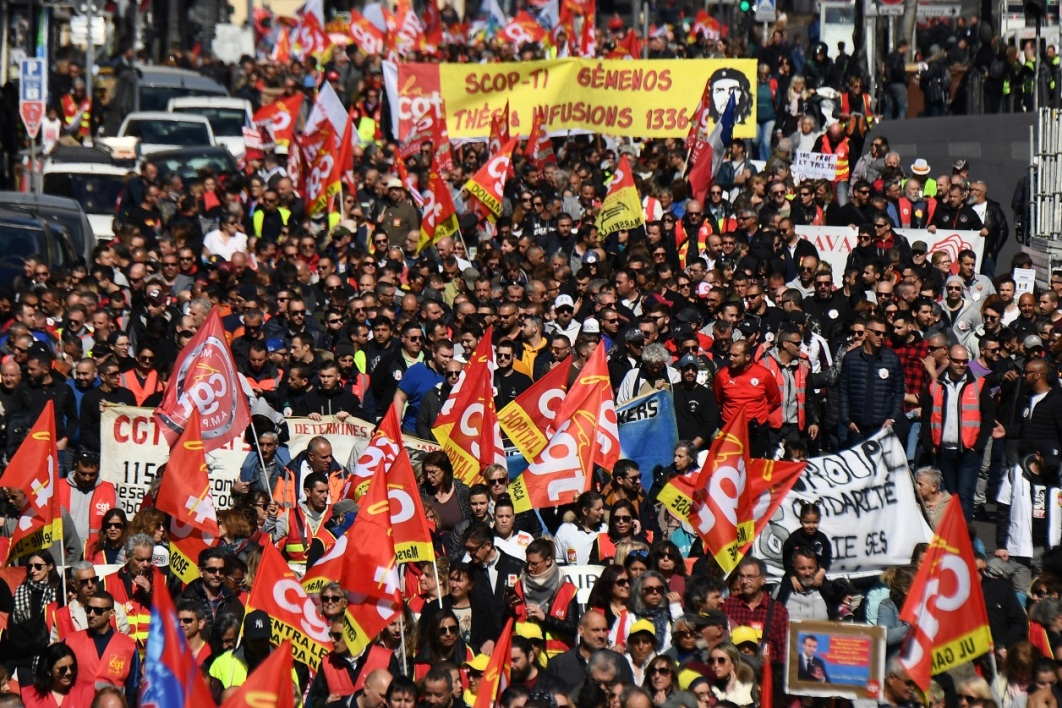 131.000 manifestants en France selon Christophe Castaner