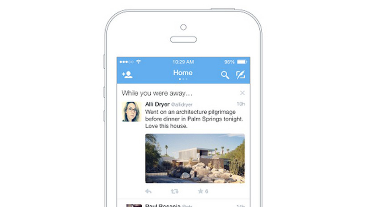 "La nouvelle application de Twitter ""While you are away"", ""Pendant votre absence""."