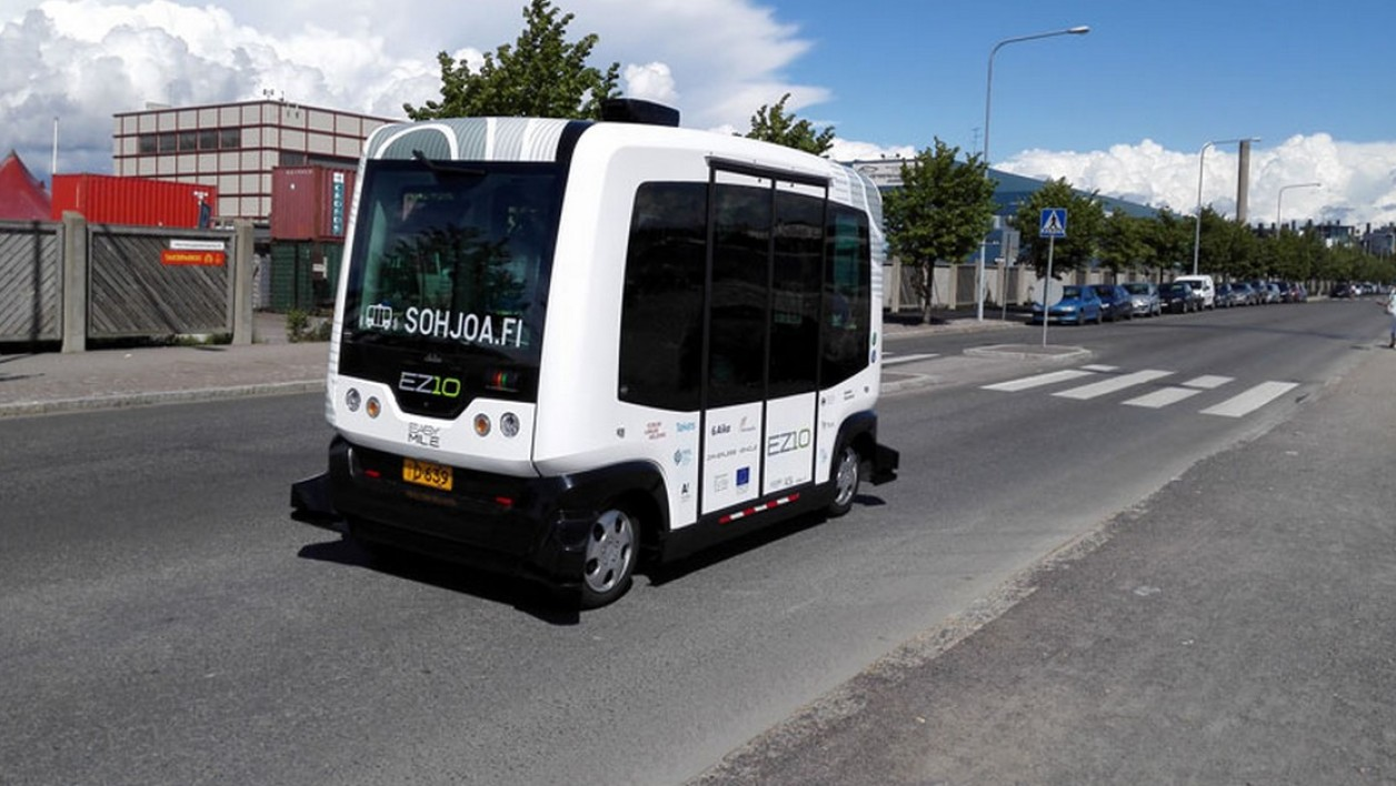 "La percée à l'export des minibus autonomes ""made in France"""