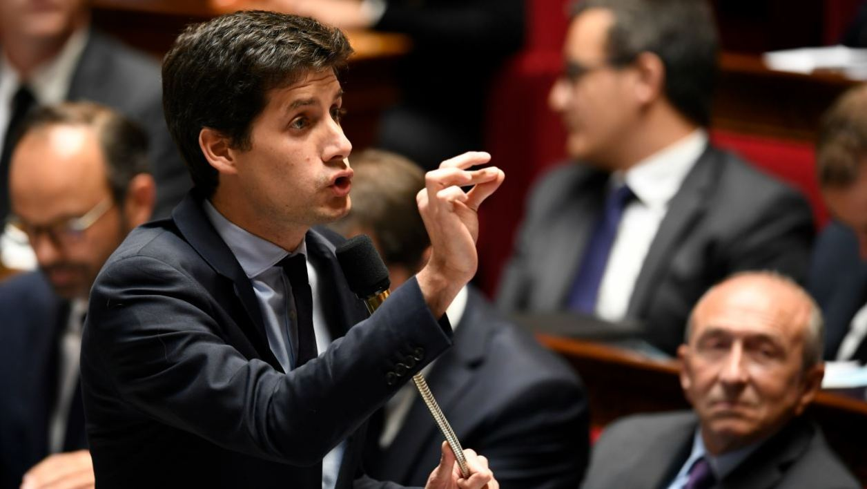 French Junior Minister for the Territorial Cohesion Julien Denormandie gestures as he speaks during a session of questions to the government on October 4, 2017 at the French National Assembly, in Paris.  Eric FEFERBERG / AFP