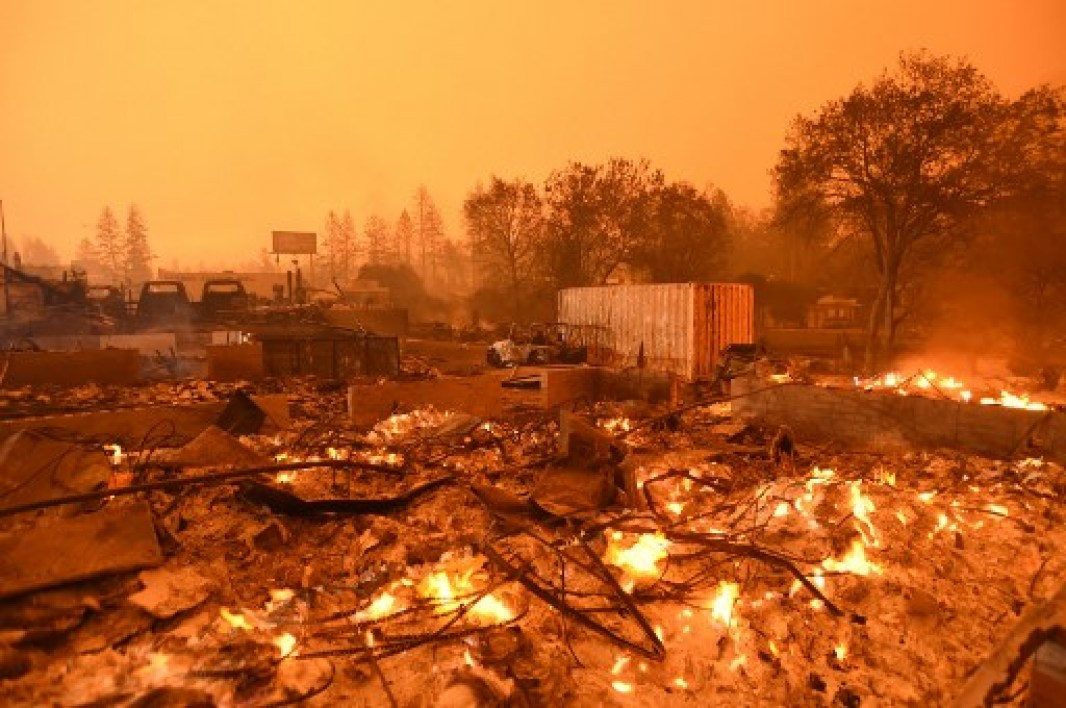 Incendies en Californie: au moins 9 morts, Malibu menacée