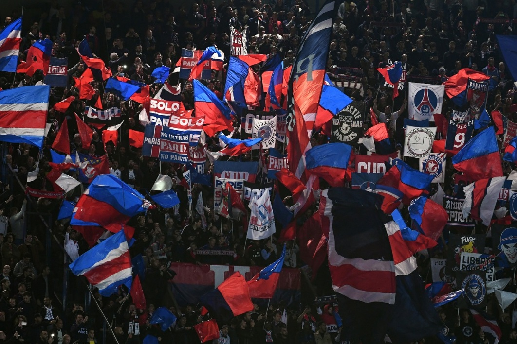 Supporters PSG-Naples AFP.jpg
