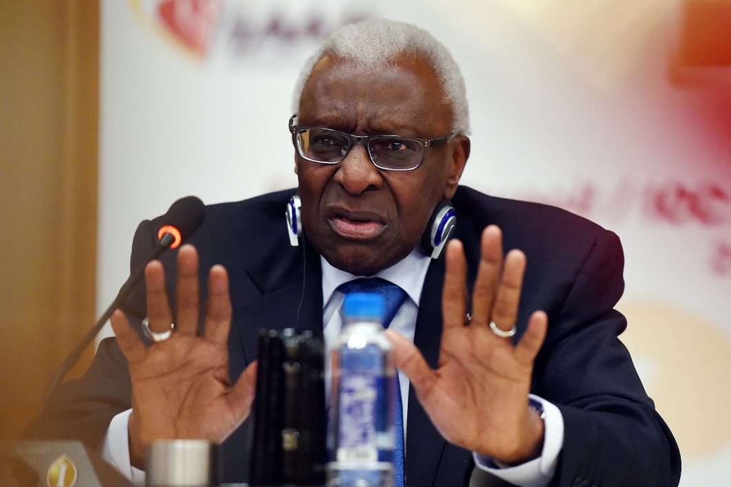 Corruption: le CIO suspend Lamine Diack