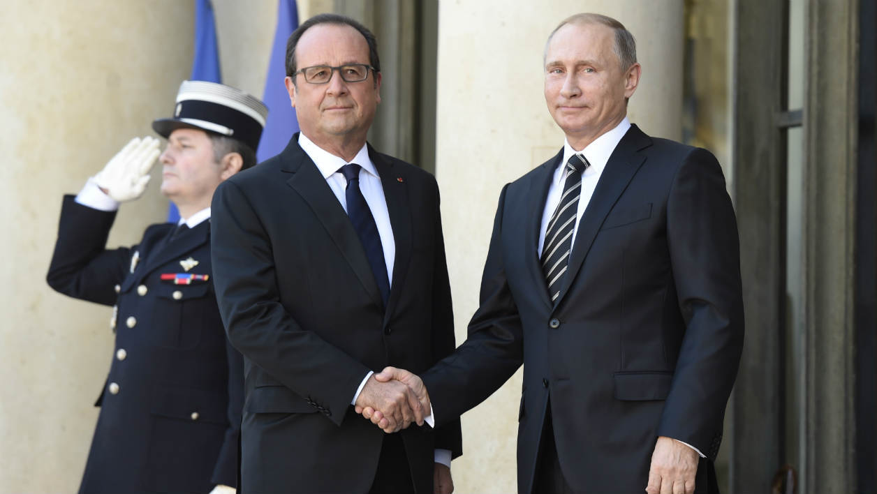 Crash en Egypte: Hollande adresse ses condoléances à la Russie