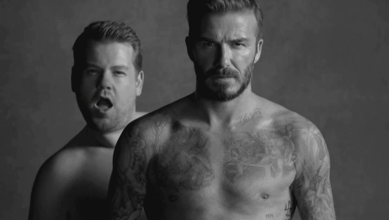 "David Beckham se parodie lui-même pour le ""Late Late Show with James Corden""."
