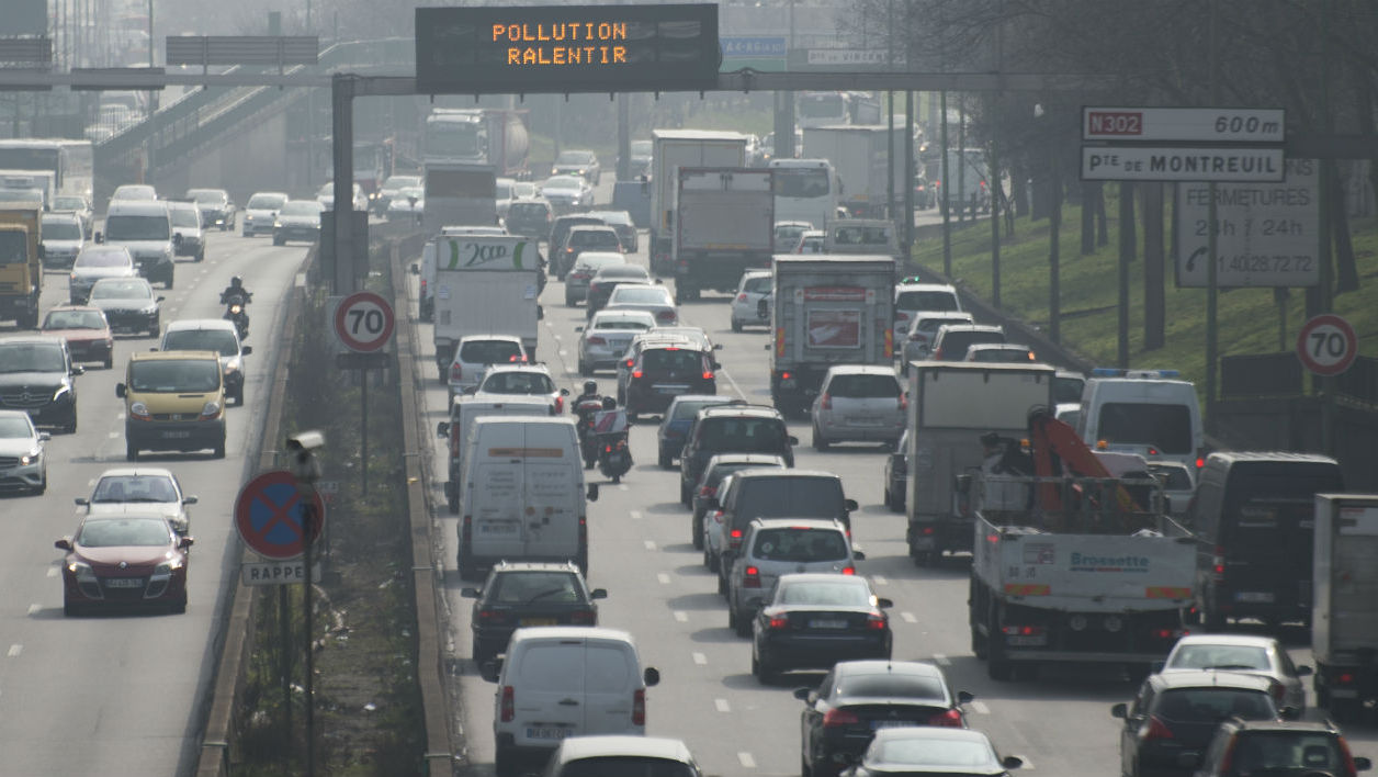 Circulation à Paris le 18 mars 2015 pendant le pic de pollution