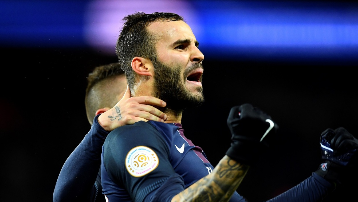 PSG : un club de Premier League sur Jesé