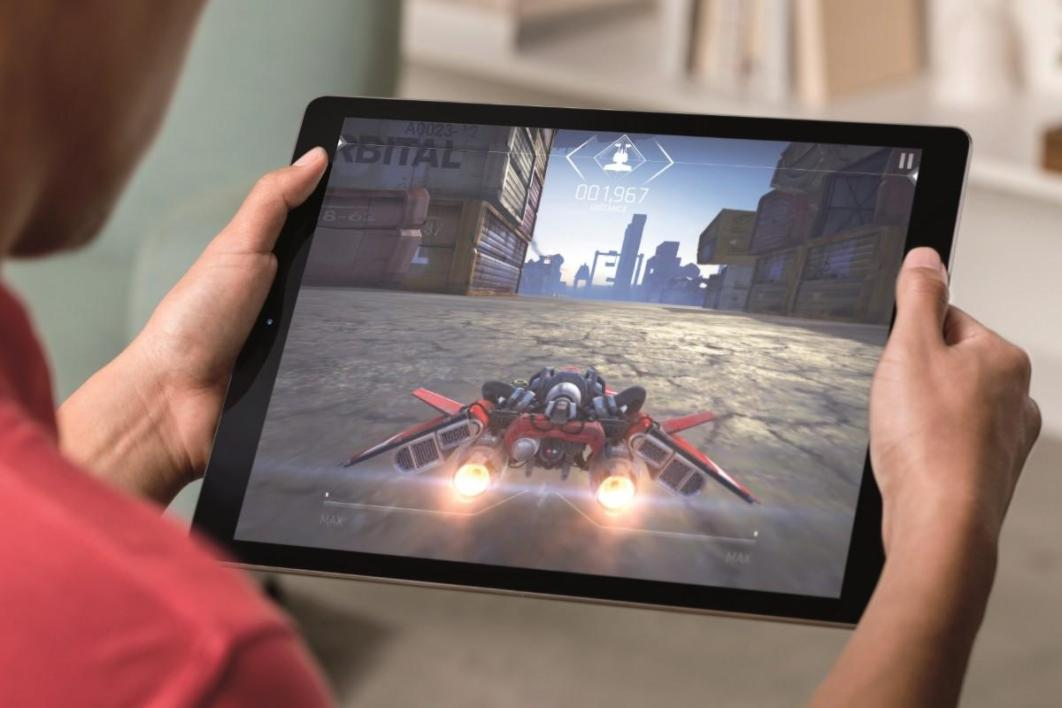 Apple iPad Pro 128 Go Wi-Fi + 4G