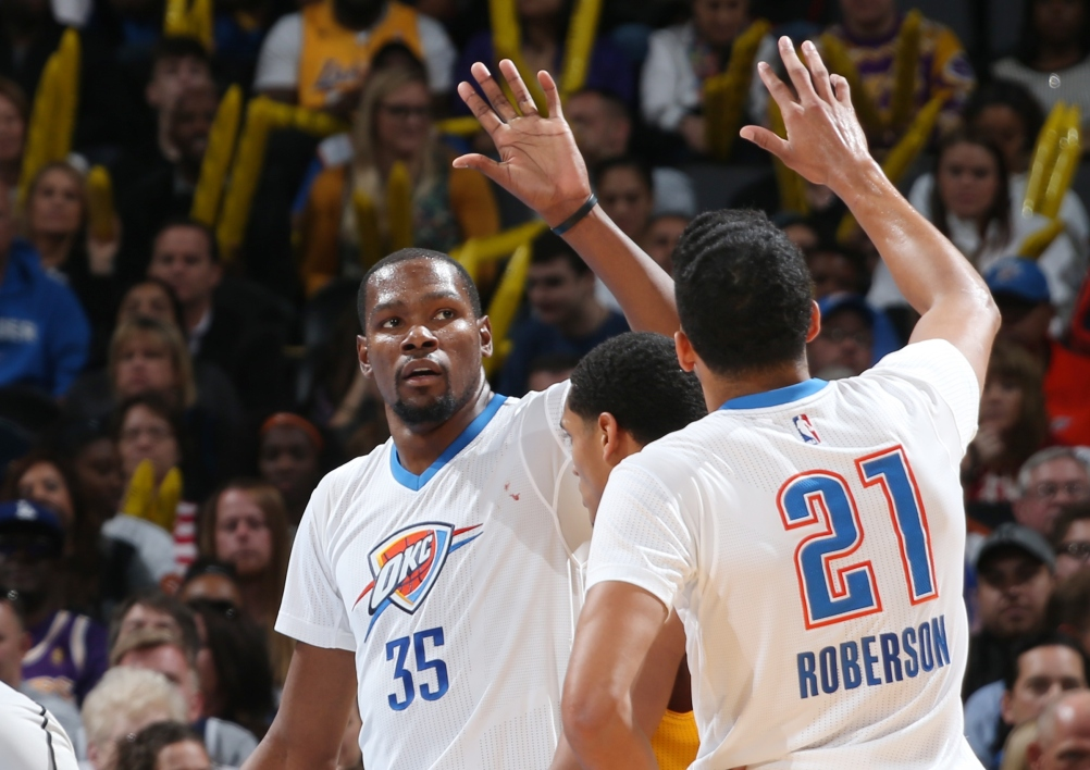 EN VIDEO - NBA : OKC dévore les Lakers