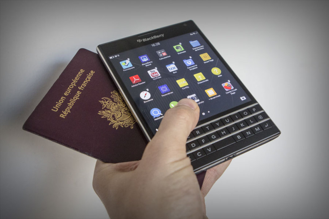 Avec son Passport, Blackberry tente une alternative face aux géants mondiaux du smartphone