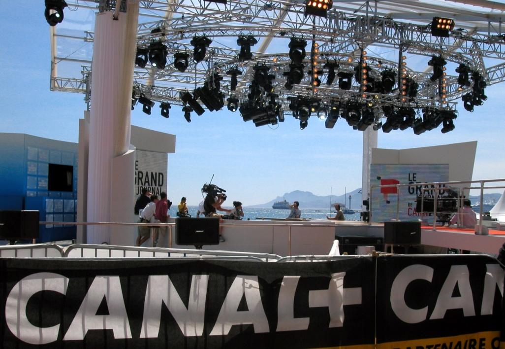 "Le plateau du ""Grand journal"" au festival de Cannes"