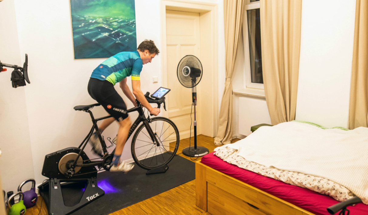 Le cyclisme virtuel cartonne pendant le confinement