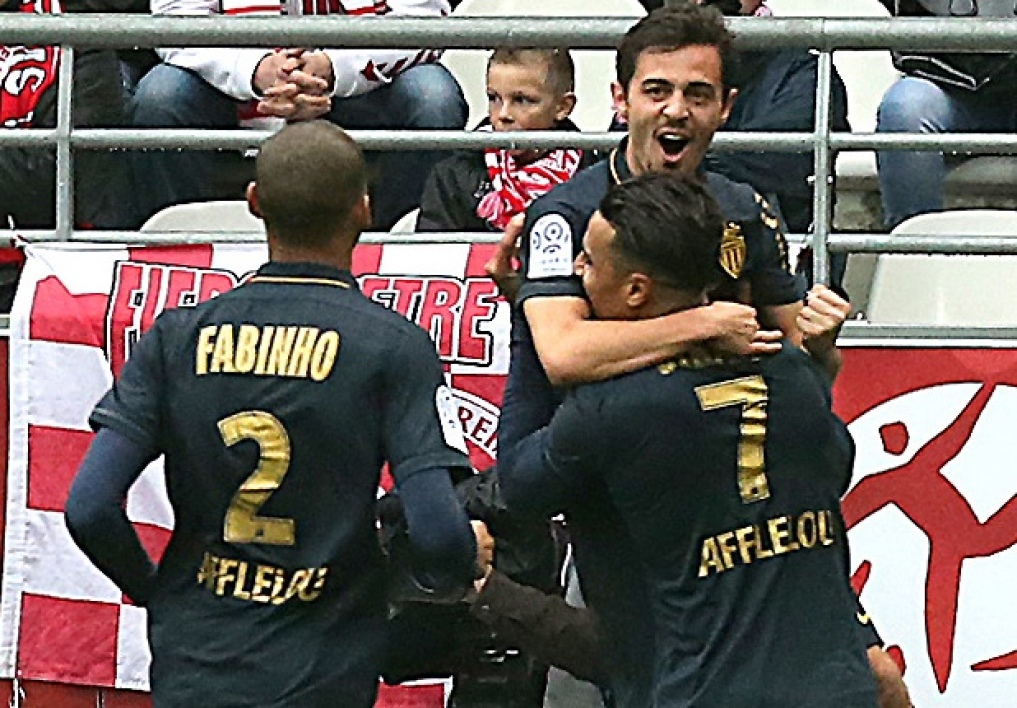 Ligue 1: Monaco s'en sort bien à Reims