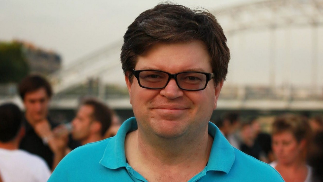 Yann LeCun dirige le laboratoire d'intelligence artificielle de Facebook.