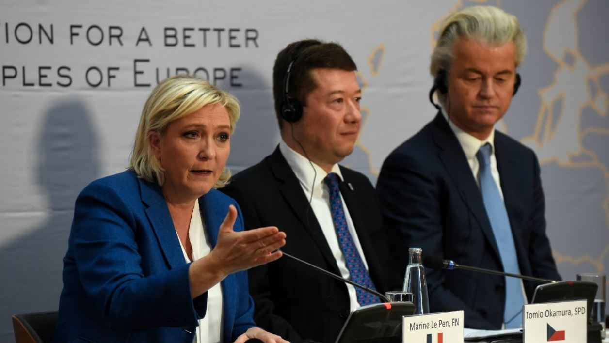 Marine Le Pen, head of French far-right National Front (FN) party, Tomio Okamura, leader of Czech far-right Freedom and Direct Democracy party (SPD) and Dutch far-right politician Geert Wilders of the PVV party (Partij voor de Vrijheid) give a press conference during a conference of the rightwing Europe of Nations and Freedom (ENF) group in the European parliament on December 16, 2017 outside Prague.  Michal CIZEK / AFP