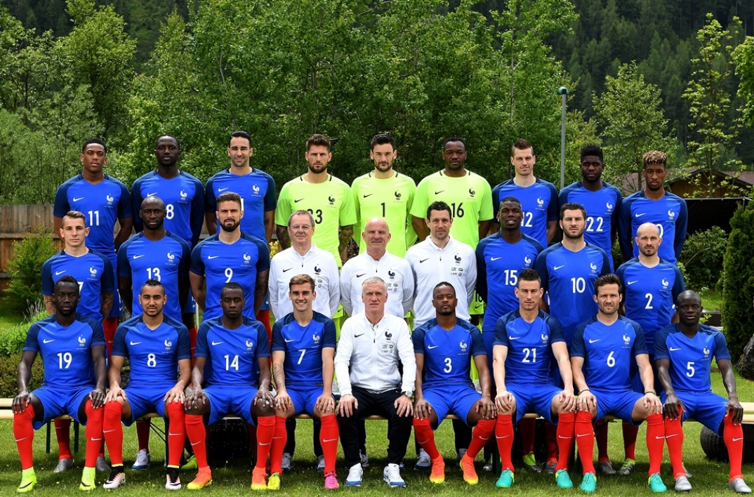La photo officielle de l'équipe de France