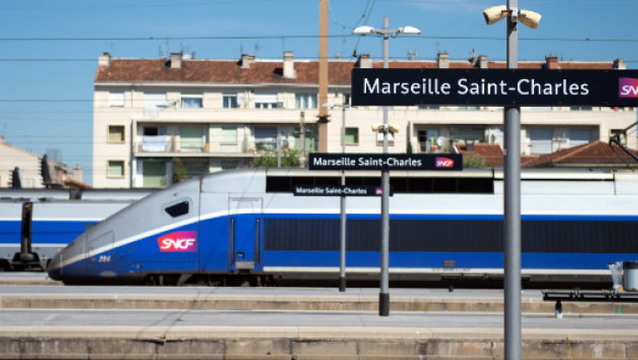 Un train TGV en gare de Marseille (illustration)