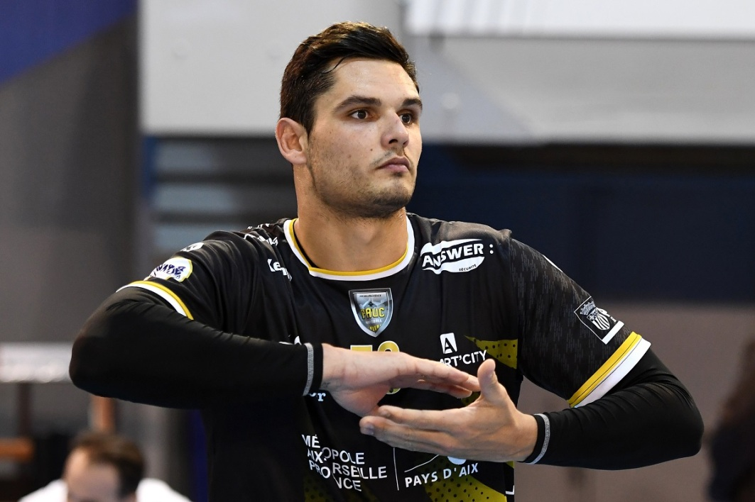 VIDEO, hand : Manaudou a joué son premier match officiel (mais il n'a pas encore marqué)
