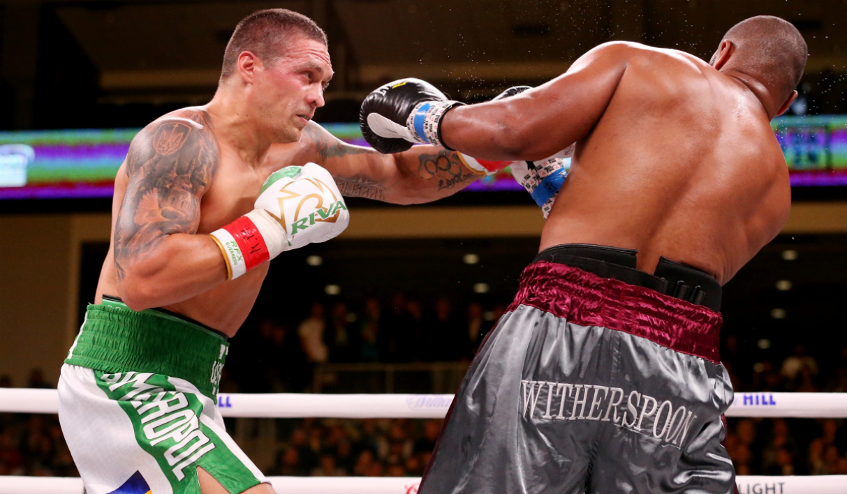 Oleksandr Usyk n'a pas tremblé contre Witherspoon