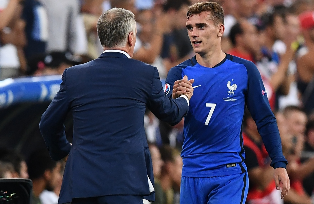 Euro 2016, finale Portugal-France : Griezmann Ballon d'Or ? Deschamps freine