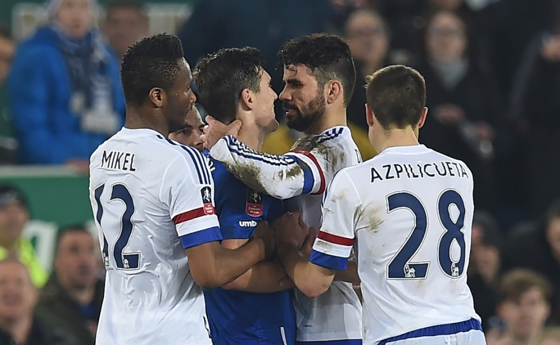 Chelsea : Diego Costa nie avoir mordu Barry
