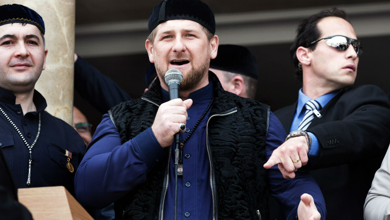 Chechen President Ramzan Kadyrov (C) speaks to the crowd following prayers in a new mosque during the dedication ceremony in the Arab Israeli town of Abu Ghosh, west of Jerusalem on March 23 2014.The Chechen government contributed six million dollars to help fund the building of the new Mosque. AFP PHOTO/MENAHEM KAHANA MENAHEM KAHANA / AFP