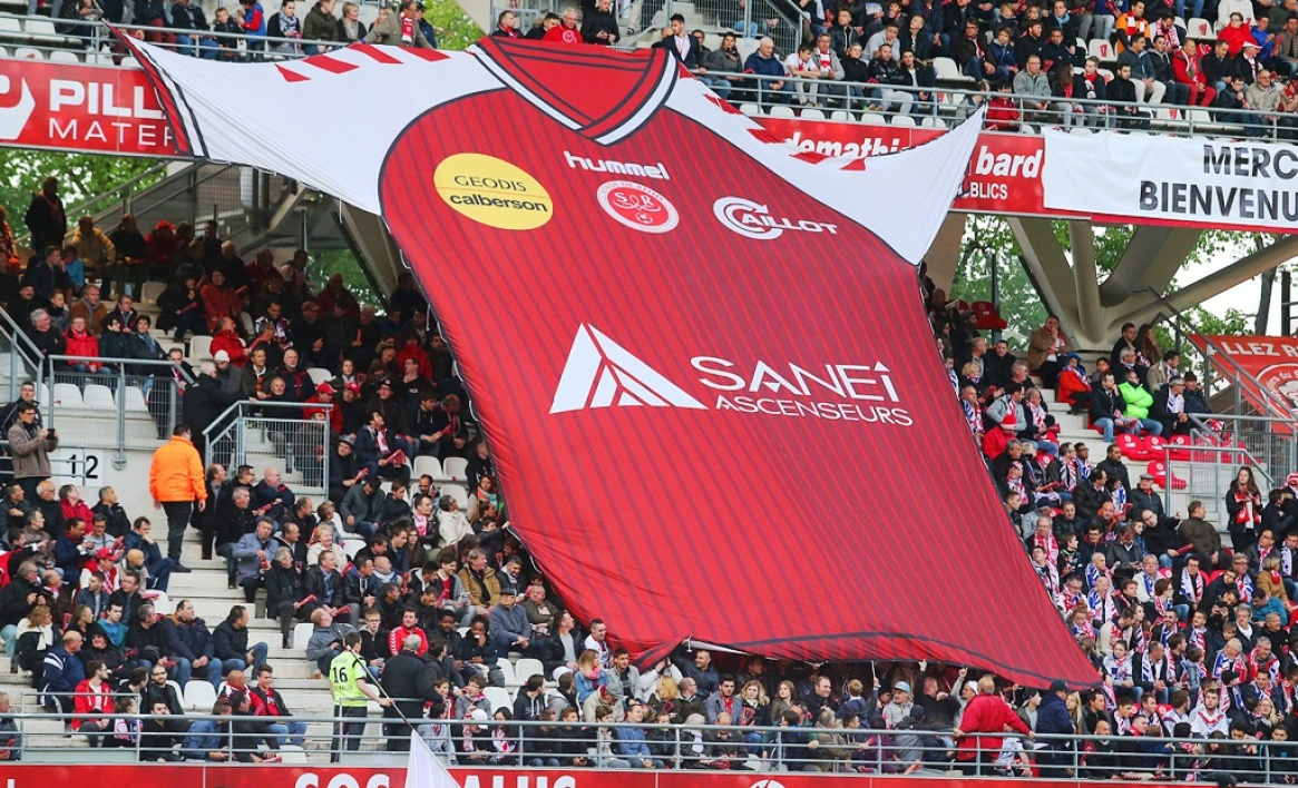 Ligue 2 : Reims assure l'essentiel face au Red Star