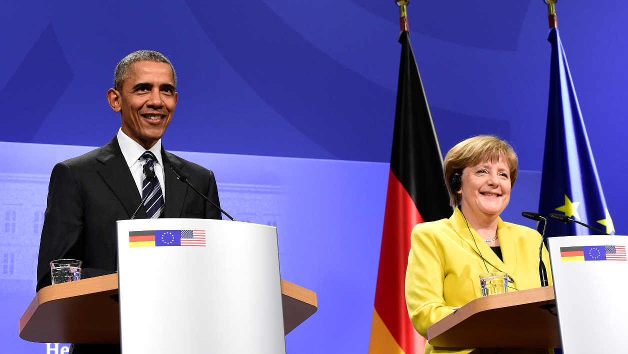 US President Barack Obama and German Chancellor Angela Merkel address a press conference after their bilateral talks at the Herrenhausen Palace in Hanover, on April 24, 2016.
