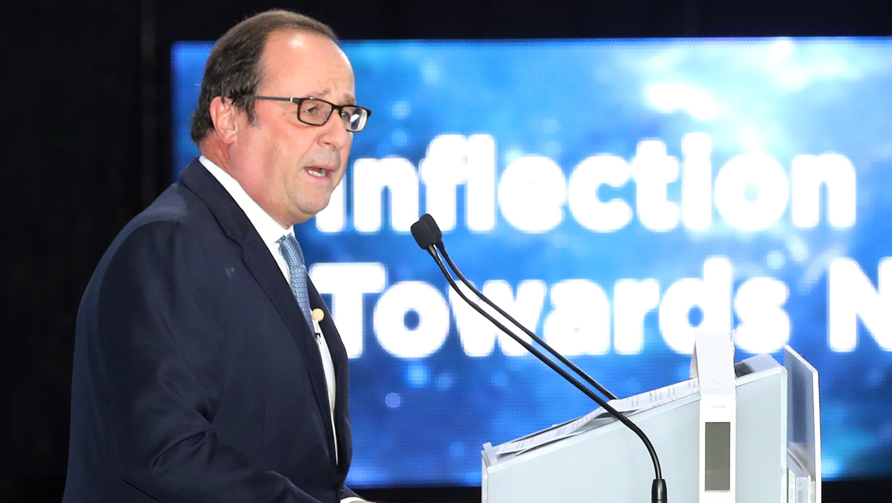 L'ex-Président français François Hollande, le 17 octobre 2017 à Séoul lors du World Knowledge Forum.