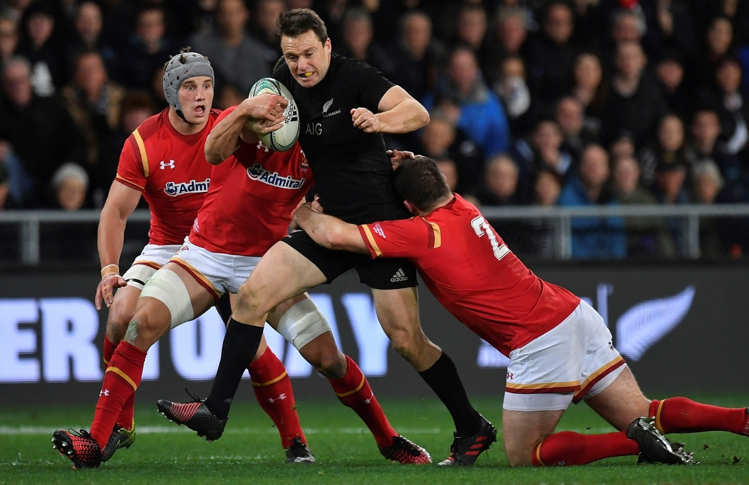 Test-match : les All Blacks achèvent les Gallois
