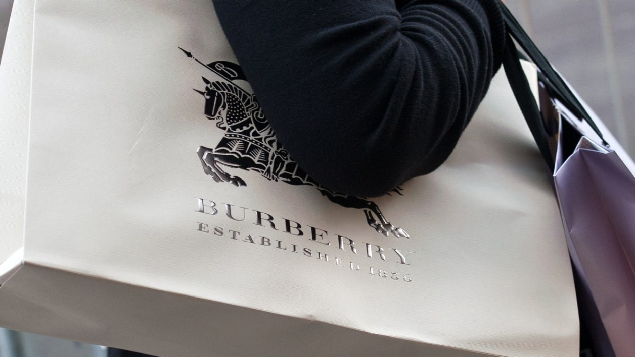 Burberry Kering LVMH Hermes luxe asie Hong Kong Chine crise russe Euro