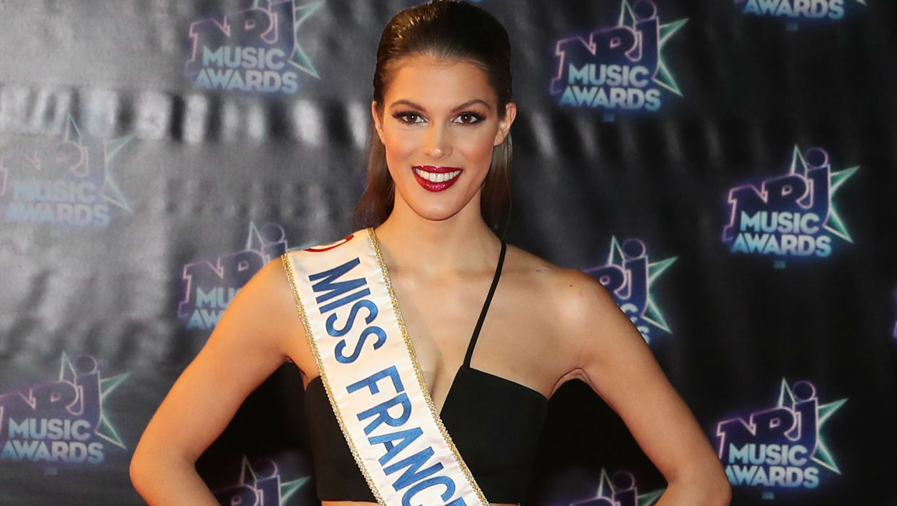 Iris Mittenaere, Miss France 2016, lors des NRJ Music Wards en novembre 2016