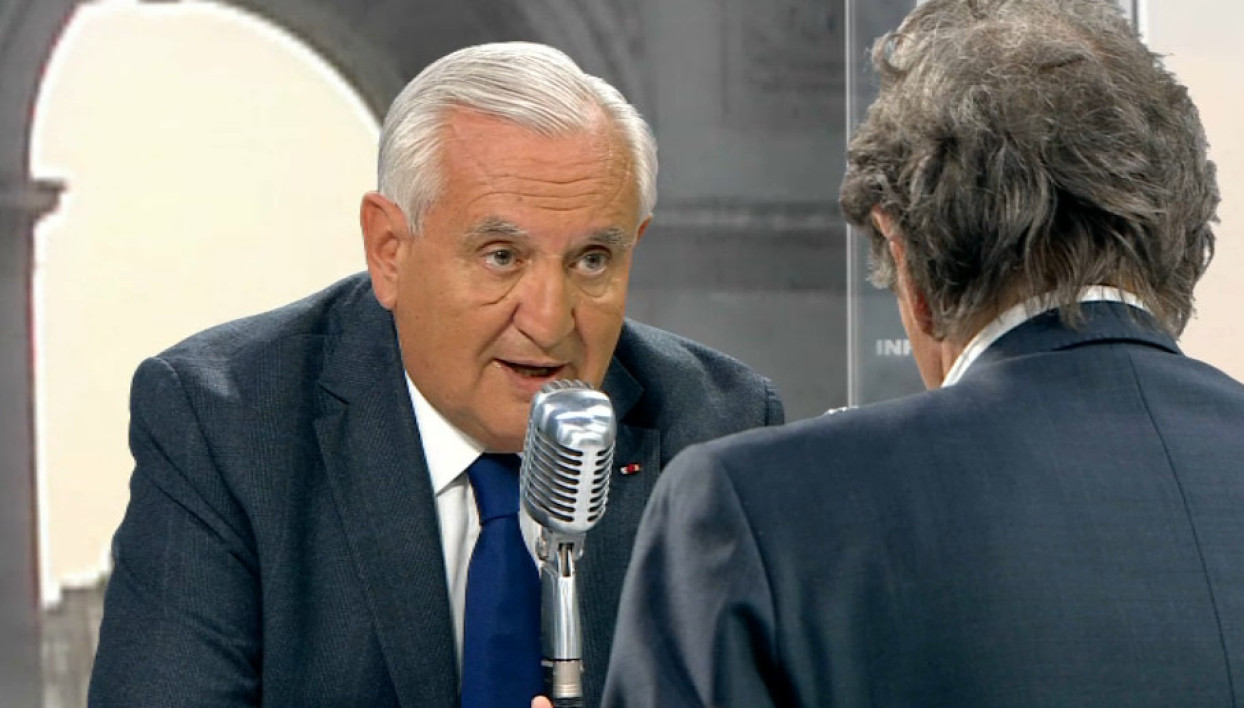 Jean-Pierre Raffarin face à Jean-Jacques Bourdin: les tweets de l'interview