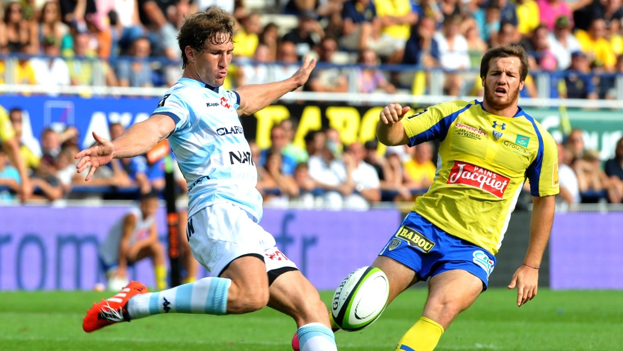 Top 14 : le Racing fait tomber Clermont