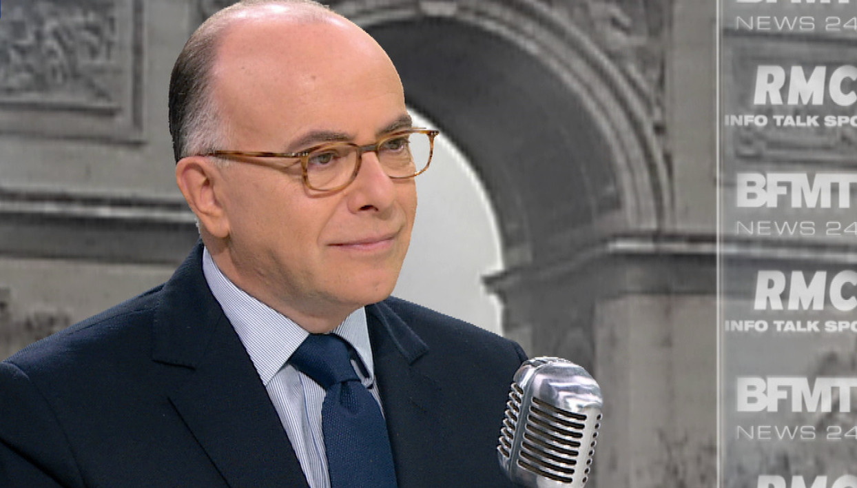 Bernard Cazeneuve face à Apolline De Malherbe: les tweets de l'interview