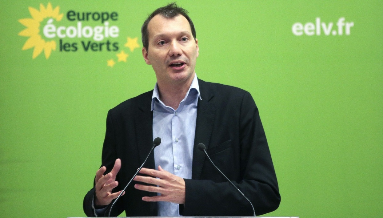 Europe Ecologie Les Verts (EELV) leader David Cormand delivers a speech during the Federal Council of EELV green political party in Paris on April 9, 2016.
