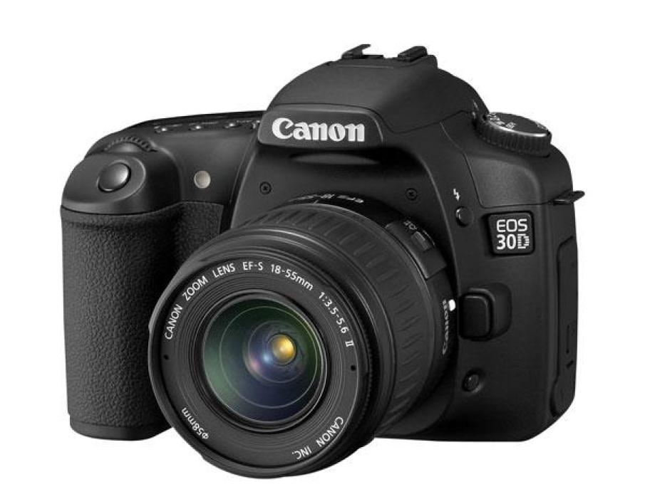 Canon EOS 30D  + zoom EF-S 18-55 mm