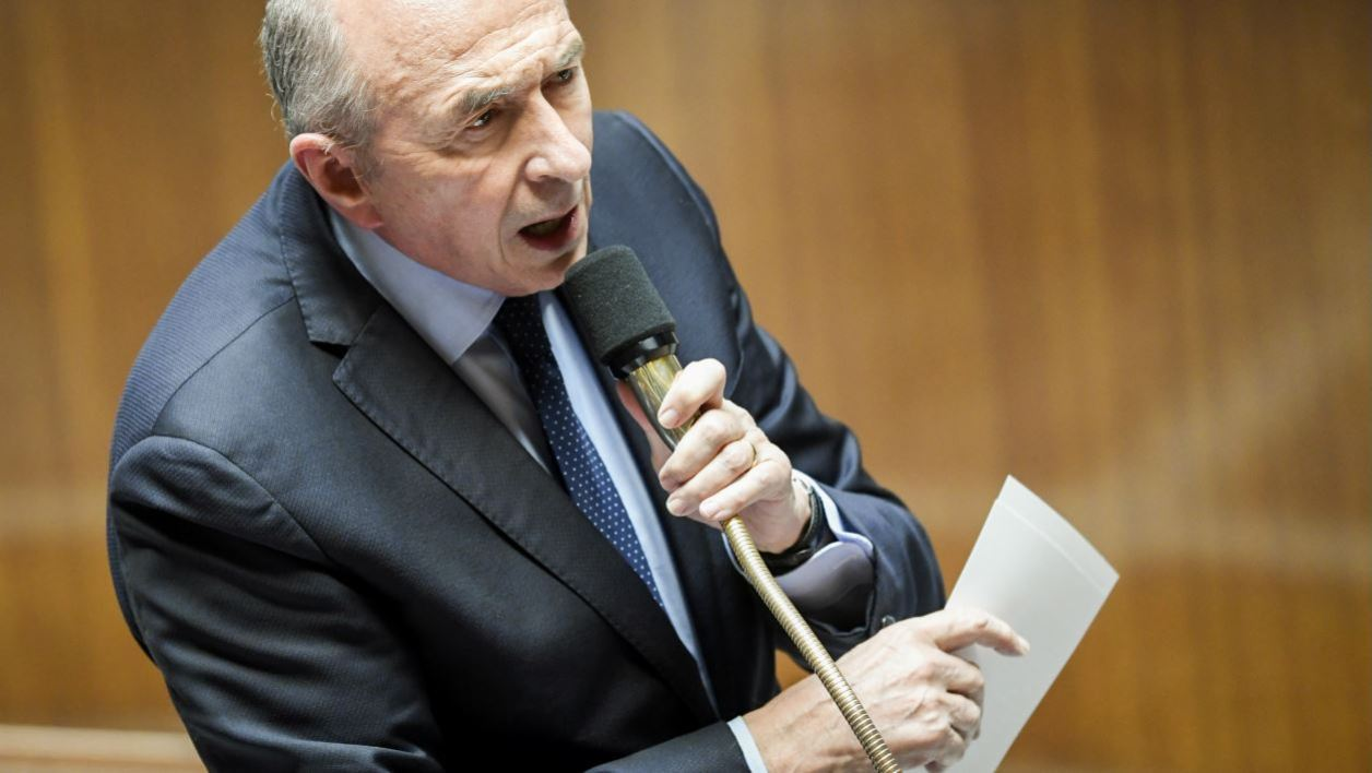 French Interior Minister Gerard Collomb speaks during a session of questions to the government at the National Assembly in Paris on April 10, 2018.  BERTRAND GUAY / AFP