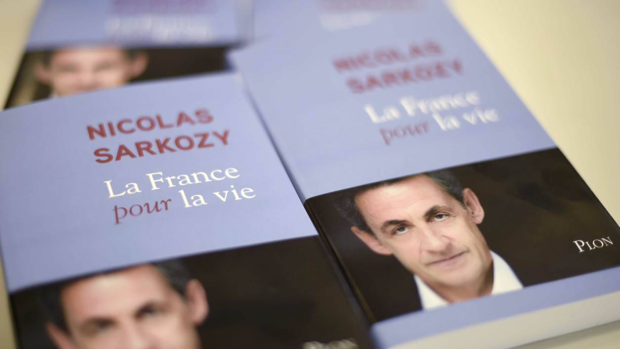 "A picture taken on January 22, 2016 shows the cover of the forthcoming book of former French President Nicolas Sarkozy ""La France pour La Vie"" (France For Life). The book will be on sale in French book stores on January 25, 2016."