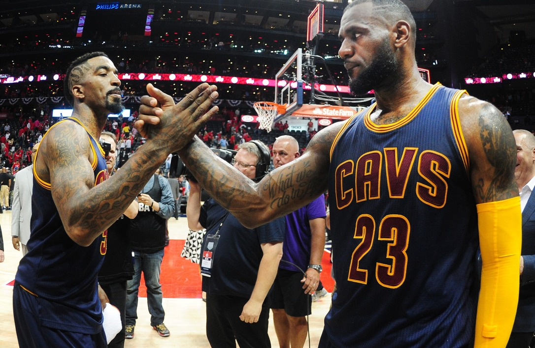 NBA : LeBron James et Cleveland étouffent Atlanta