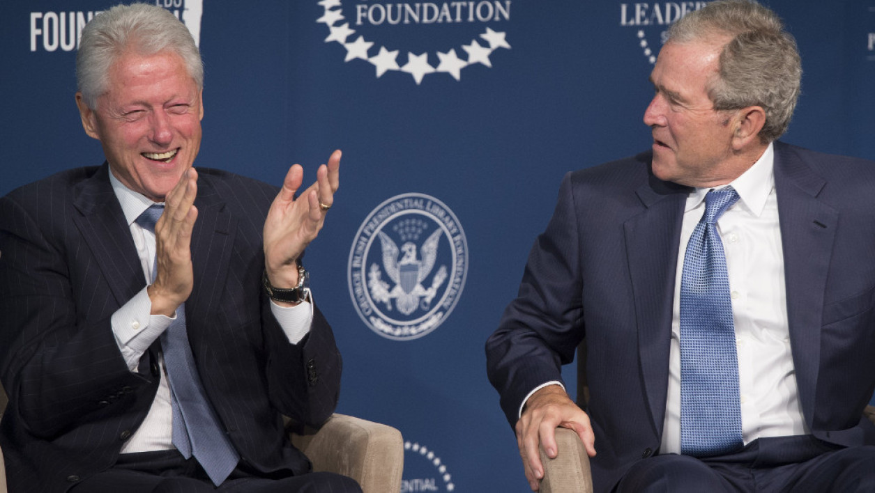 Bill Clinton et George W. Bush le 8 septembre 2014  à Washington.