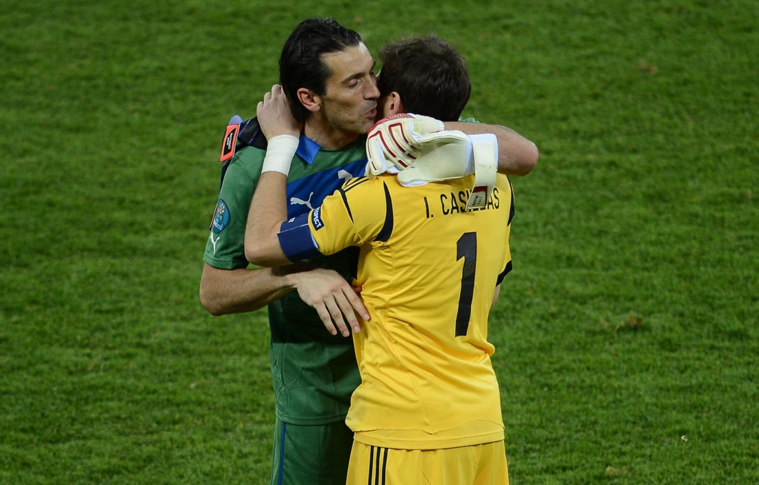 Gianluigi Buffon et Iker Casillas
