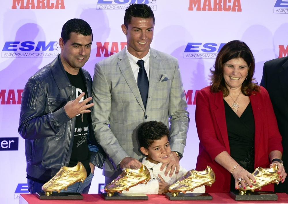 Ronaldo Jr agace sa grand-mère… à cause de Messi