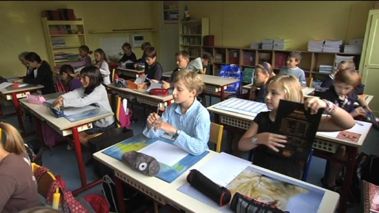 Ecole : appel à la suppression des notes
