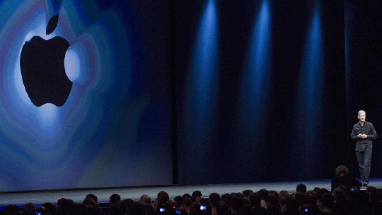 Tim Cook, PDG d'Apple, durant la keynote en 2013.