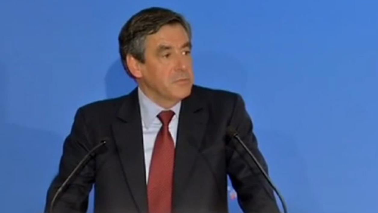 "Selon François Fillon, la ""disparition"" de l'UMP est ""possible""."