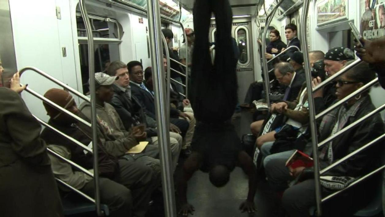 "Quand le ""break dance"" s'invite dans le métro"