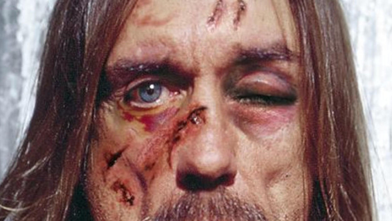 Le chanteur Iggy Pop participe à la campagne d'Amnesty International Belgique contre la torture.