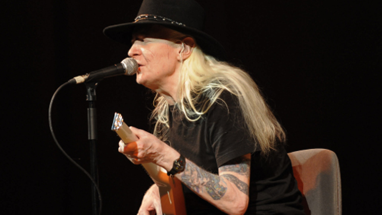 Johnny Winter en juillet 2008, au festival de jazz de Valencia