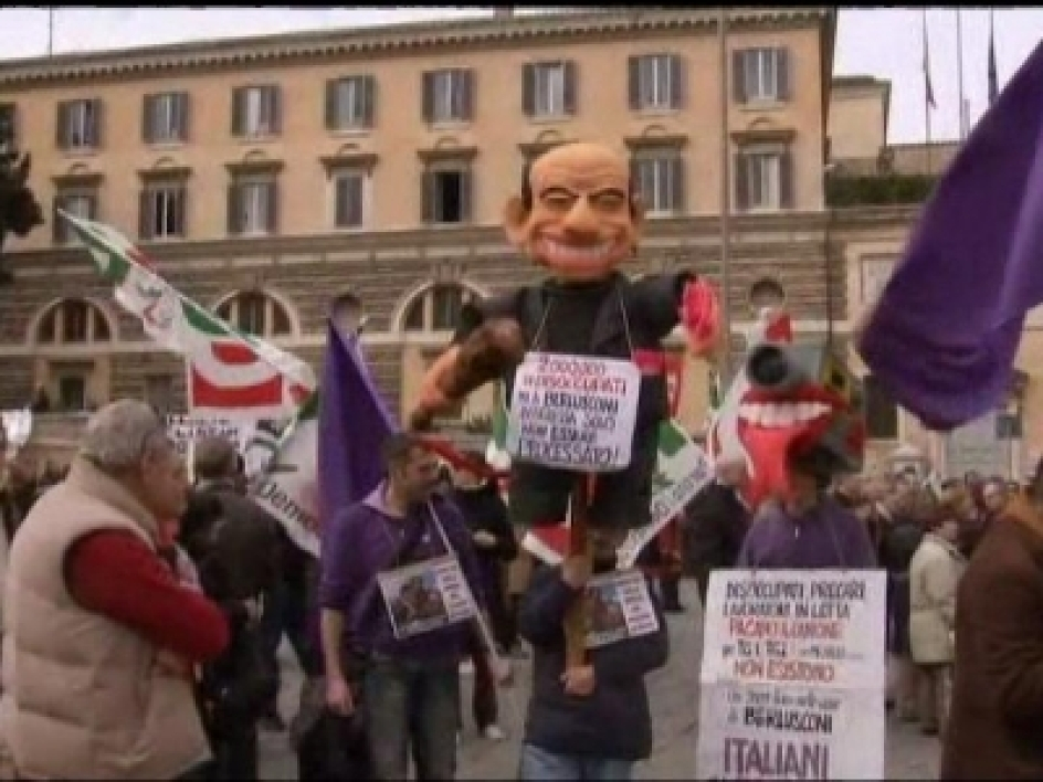 Rome : manifestation contre Berlusconi